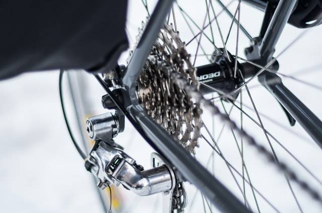 road bike derailleur What is a Road Bike, How Does It work [ Detail Explanation ]